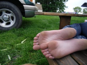 soles_in_the_outdoors__5_by_sachi_chan1200-d46189l