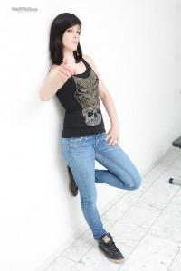 Laura K-001284-03