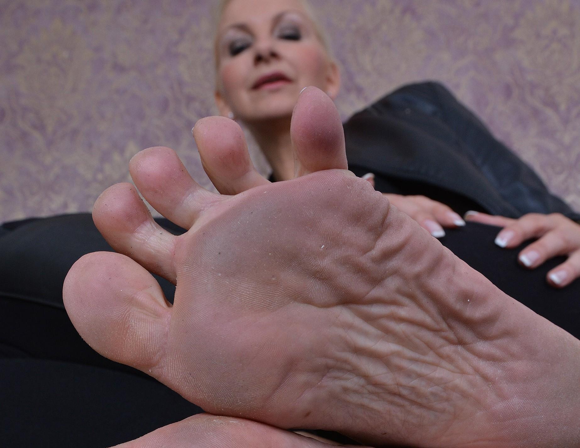 Leck die staubigen Füße!