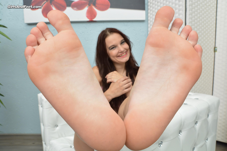 Teeny Füße