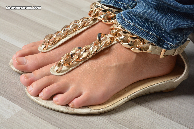 Sommersandalen & Füße