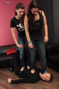 Saskia & Emily-001224-13
