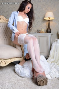 Layla-000904-07