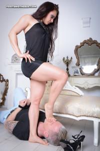 Layla-000331-24