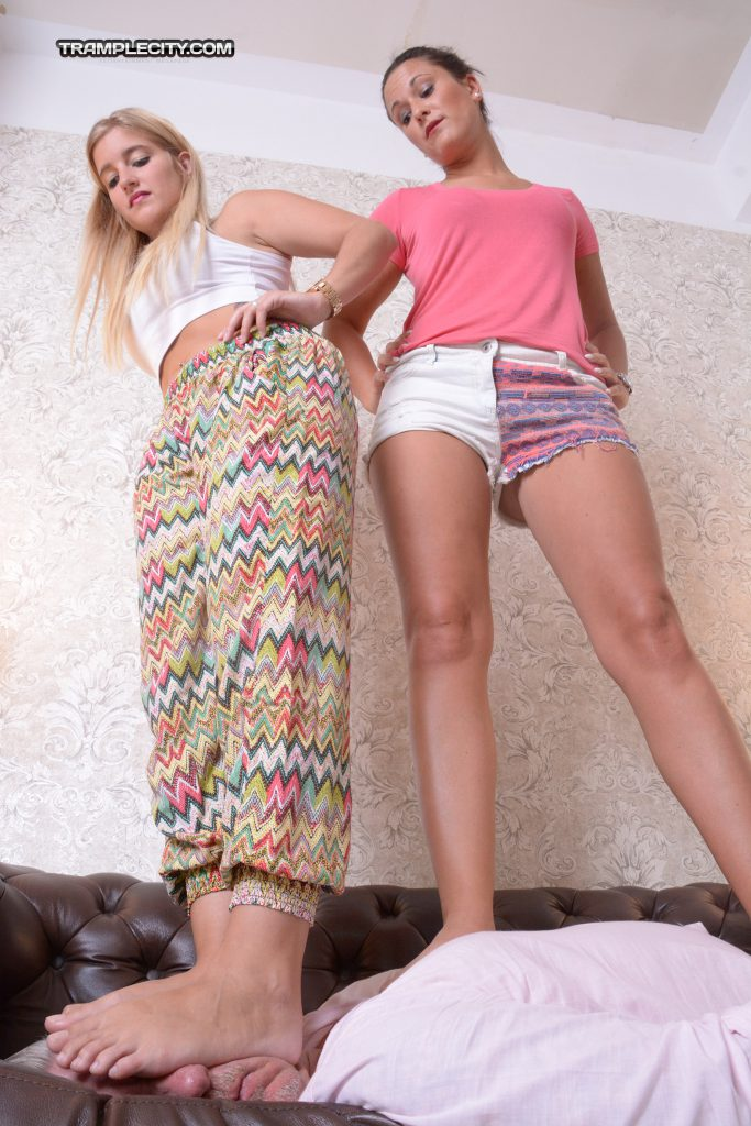 Vanessa & Marinka-000337-04