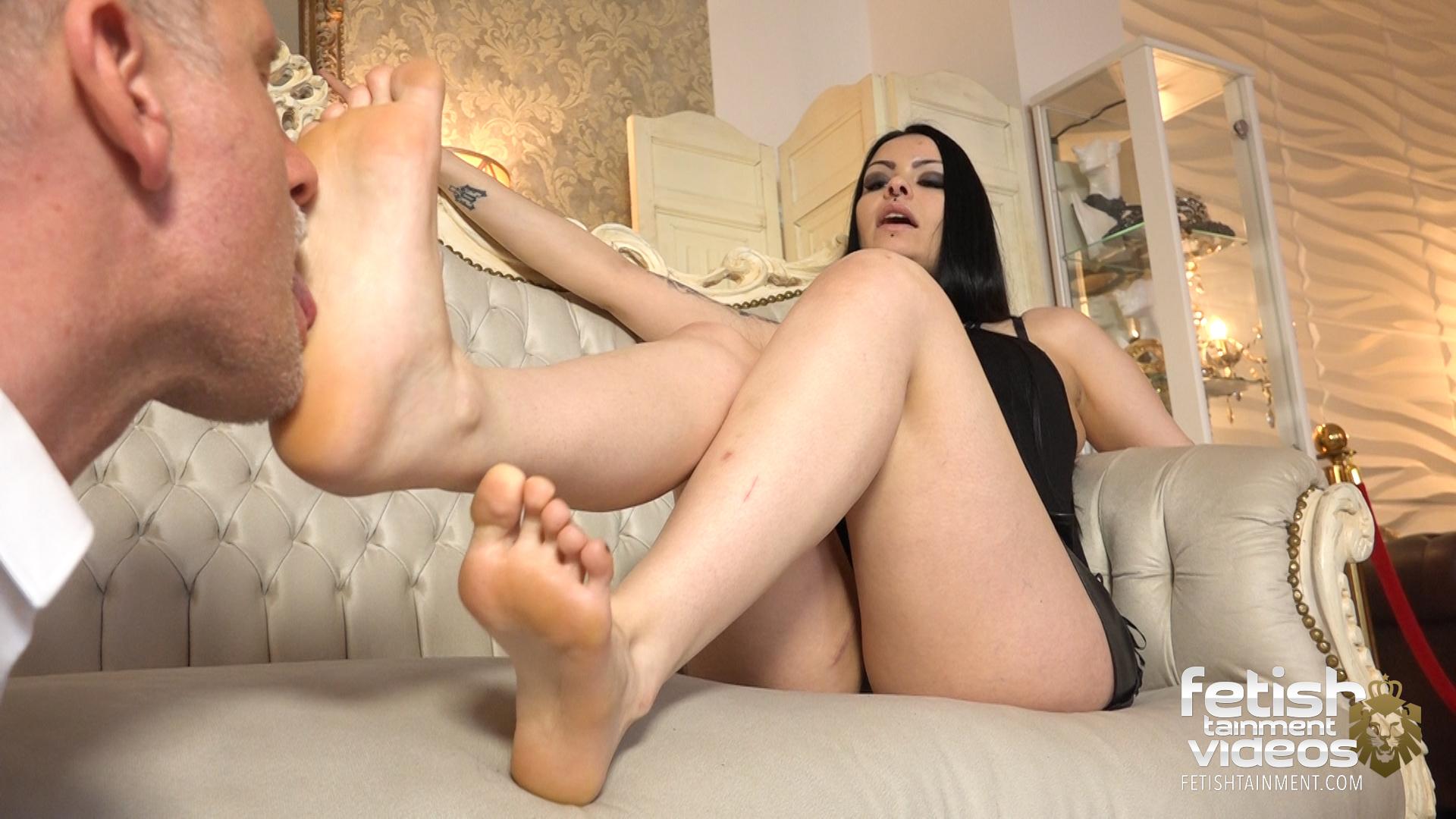 Frauen lecken füße